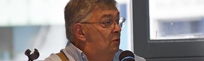 Reunión con el señor Reuven Sagi, en Polémica y café
